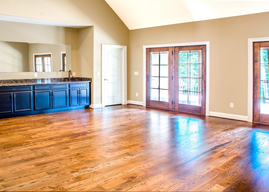 Hardwood Floor Refinishig in the Greater Toronto Area